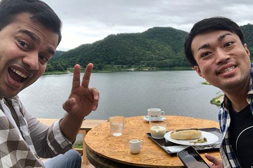 #011 山人調査団、錦秋湖大滝ネビラキカフェデッキでゆったり!他